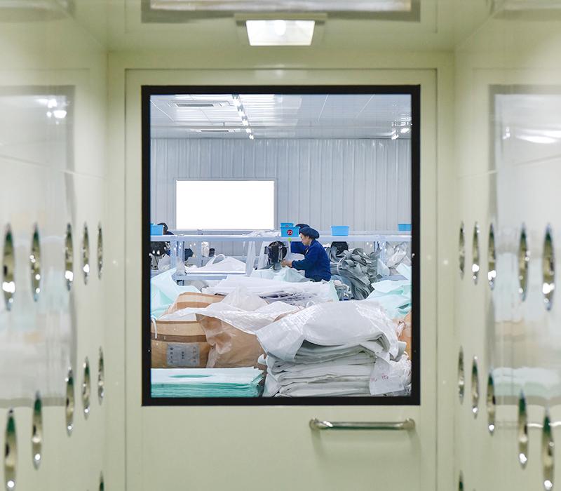 自社的产品开发与海外本社工厂的制造